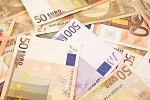 Euro up after Greece aid package